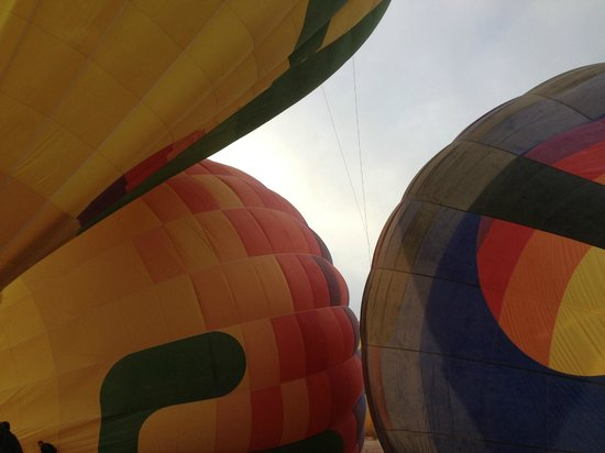 Hot Air Expeditions: Christmas Eve Ride!