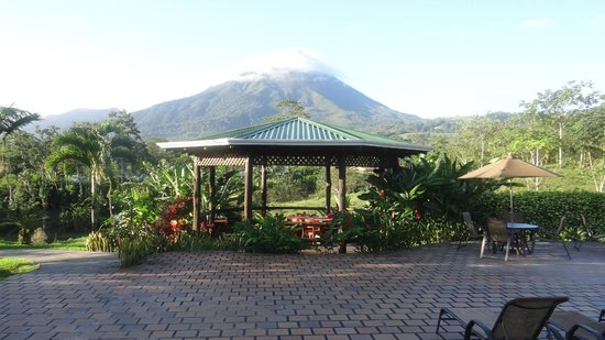 Arenal Manoa Hotel: amazing view from the pool