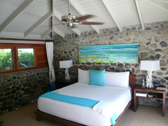 Petit St. Vincent Resort : Stylish spacious rooms with super comfy beds