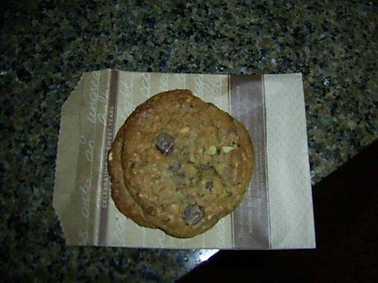 ダブルツリー ホテル アナハイム オレンジ カウンティー , チェックイン時にもらったチョコチップクッキー