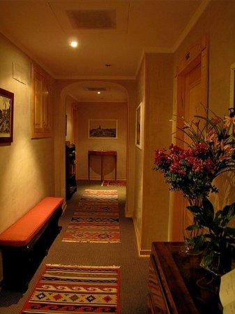 Residenza RomaCentro: lovely corridor