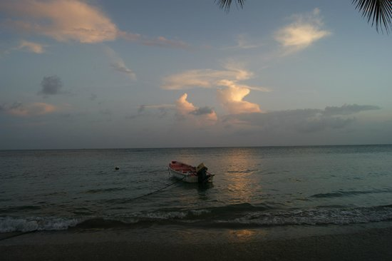 Mirage Beach Resort : auch bei Sonnenuntergang von der Terrasse