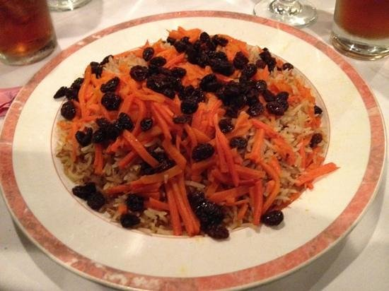 San Carlos, Califórnia: Quabili pallaw (lamb with carrots and raisins)