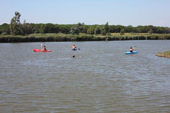 Agricampeggio Lago Le Tamerici: servizio canoa gratis