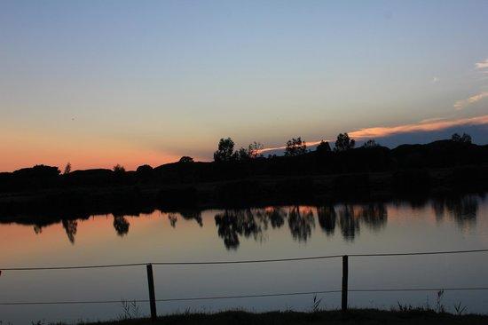 Agricampeggio Lago Le Tamerici: tramonto dal ristorante