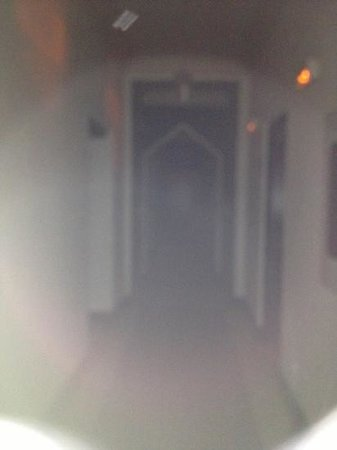 El Cocheron 1919: en el pasillo no hay luz