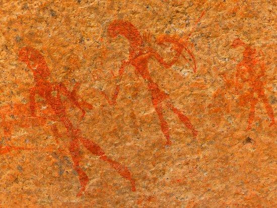 Ai-Aiba The Rock Painting Lodge: Peinture rupestre