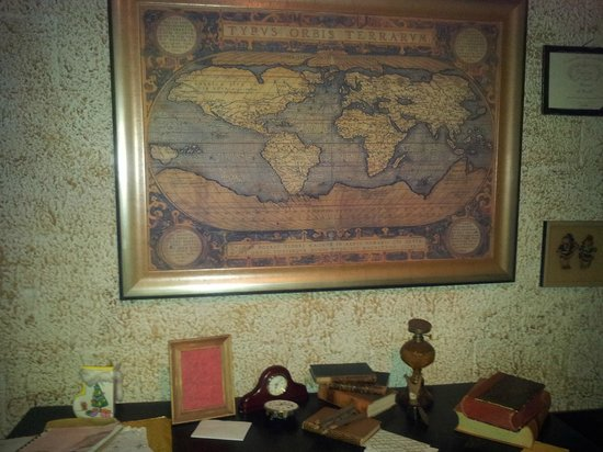 Joulukka: Santa's Map Of The World
