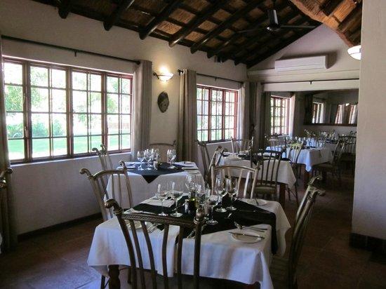 Zulu Nyala Country Manor: Restaurant