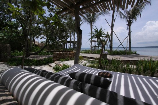 Île privée de Song Saa : Sun beds in style