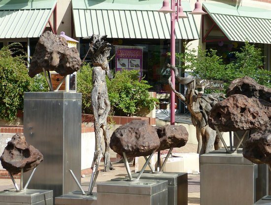 AVANI Windhoek Hotel & Casino: fragments de météorite