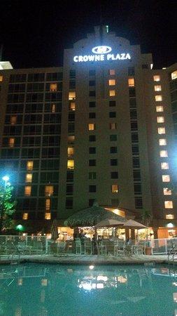 Crowne Plaza Orlando - Universal Blvd: Pool