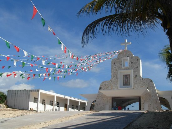 Casa Roca Caribe: local church