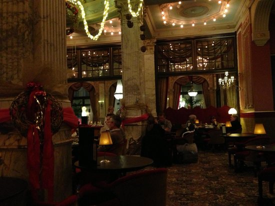 Hotel Des Indes, a Luxury Collection Hotel: Lobby bar