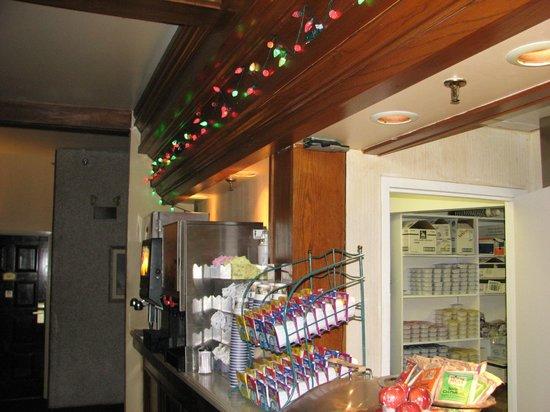 Clarion Inn Austin North: Breakfest Area