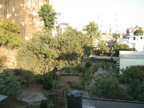 Chitra Katha: View of Hatrohi fort from Dining.