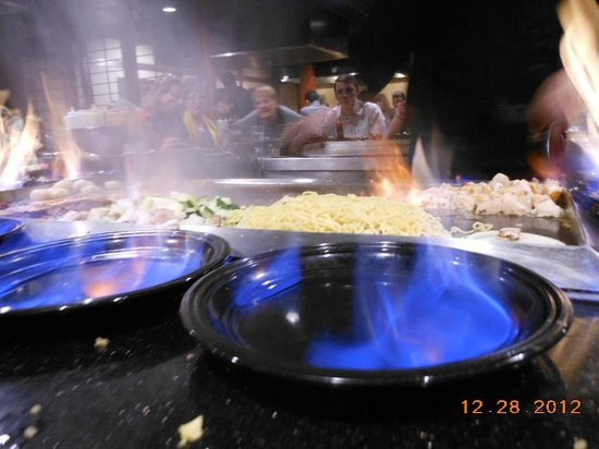 Sakura Sushi & Teppanyaki: and plates on fire!