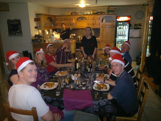 Cold Fusion Chalets: Christmas Dinner