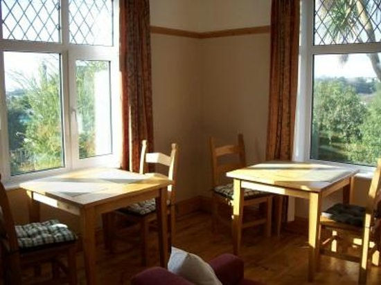 Tregwavas B&B: Breakfast room