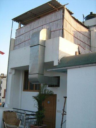 Chitra Katha: Rooftop Room