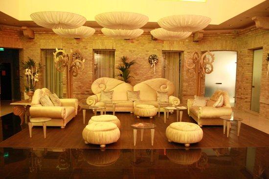IBEROSTAR Grand Hotel Budapest: Lobby
