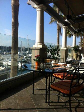 The Ritz-Carlton, Marina del Rey: Terraza desayuno
