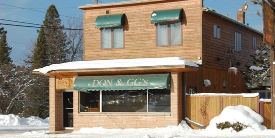 Don and GG's Food and Spirits: Exterior - Winter