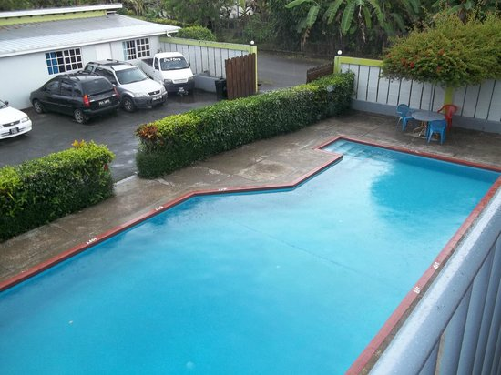 Cocrico Inn: view of pool