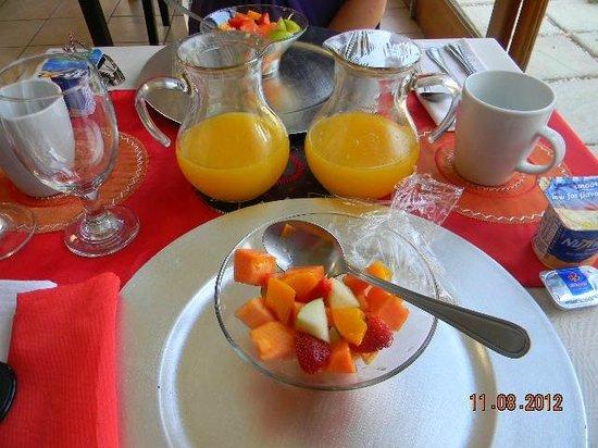 Mizizi House of Sandton Bed & Breakfast: começando o dia com uma refeição saudável