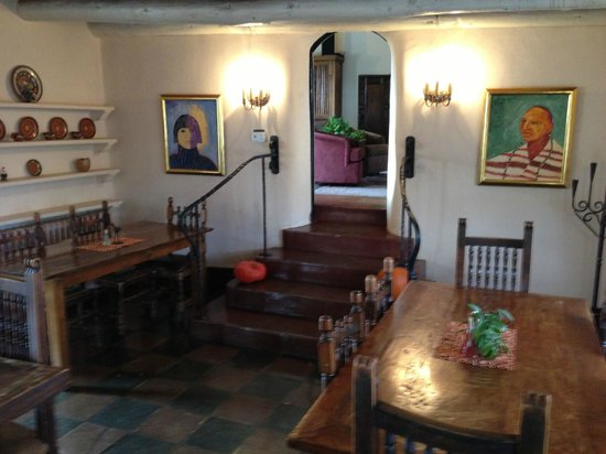 Mabel Dodge Luhan House: Stairway from the dining room to the living room