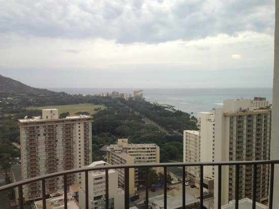 Waikiki Beach Marriott Resort & Spa: Premium Ocean View from P tower 27th floor