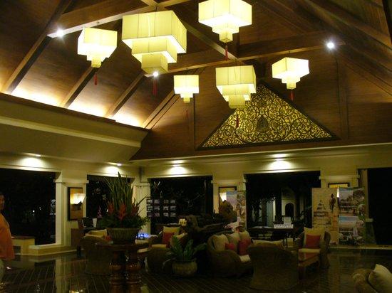 Laluna Hotel and Resort: Recepción