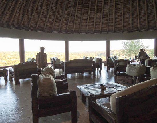 Tarangire Safari Lodge: Main sitting area
