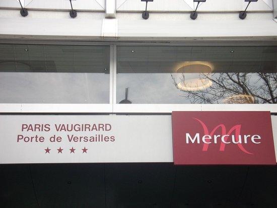 Mercure Paris Porte de Versailles Vaugirard: Foto dall'esterno della sala colazione