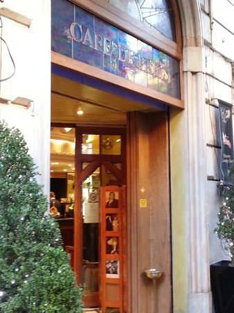 Café de Paris : ingresso