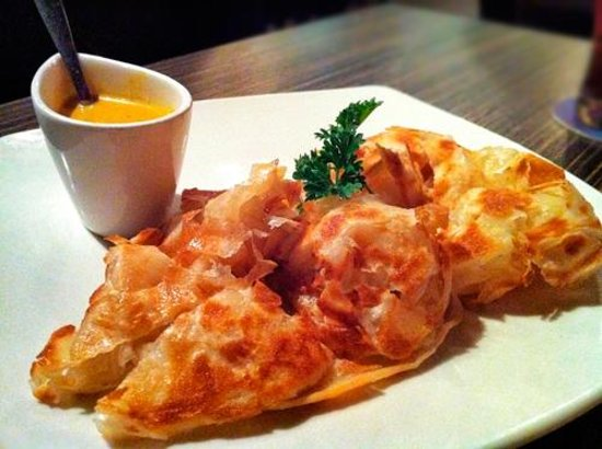 Kaya Malay Bistro: Roti Canai - Yum!