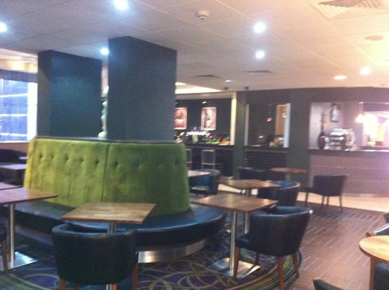 Jurys Inn Birmingham: The Bar