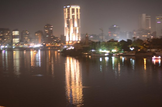 InterContinental Cairo Semiramis: Nigh Nile View
