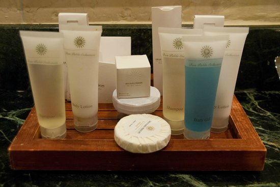 Luxury Bahia Principe Cayo Levantado Don Pablo Collection: Don Pablo toiletries in our bathroom