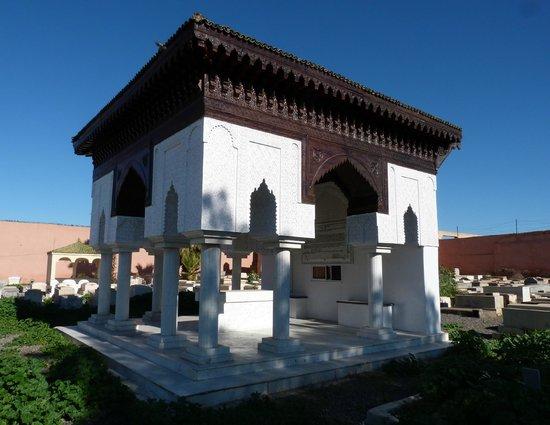 Miaara Jewish Cemetery : Jewish Cemetery (Miaara) - mausoleum