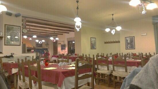 Guarcino, Włochy: interno del locale