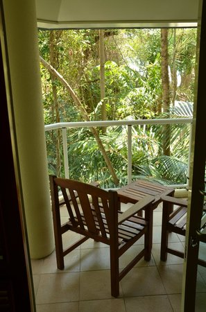 Green Island Resort: Tropical balcony