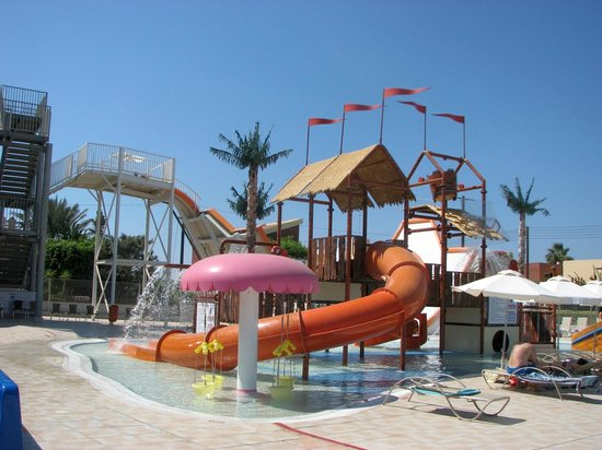 Electra Holiday Village : another view on the slides
