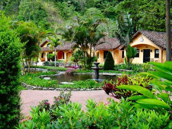 埃斯孔迪多谷高爾夫溫泉渡假村照片