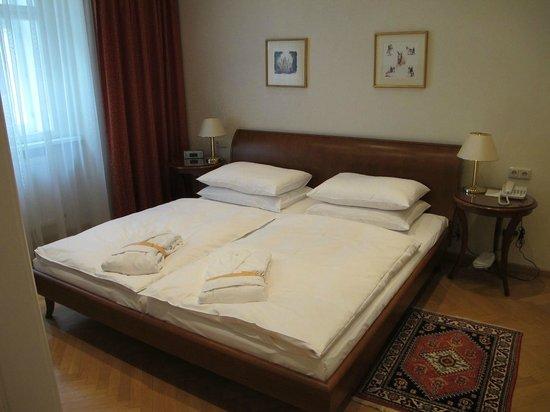 Kaiserin Elisabeth: Comfy bed