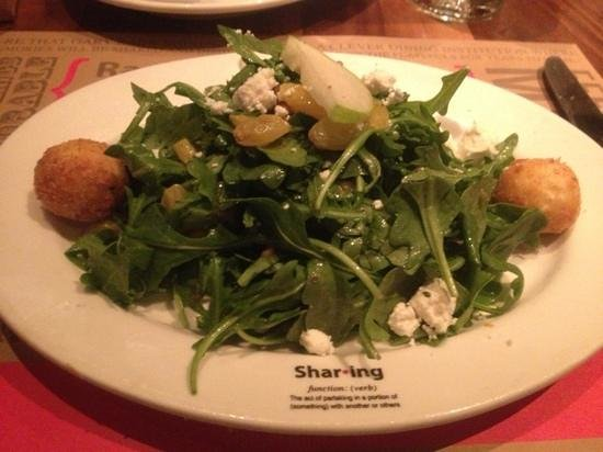 Racks Downtown Eatery + Tavern : shared goat cheese salad