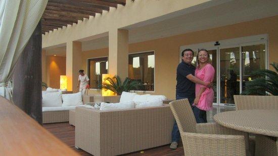 Hacienda Tres Rios: aqui afuera del restaurant las islas, en un espacio para ver uno de los rios