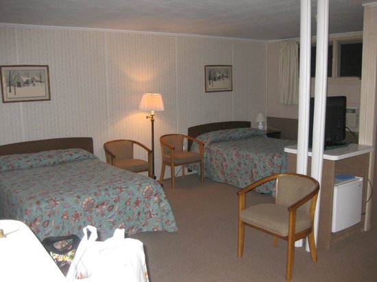 Our nice big room, Mt. Coolidge Motel, Lincoln, NH