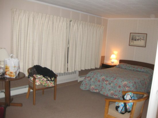 Another view of our room, Mt. Coolidge Motel, Lincoln, NH