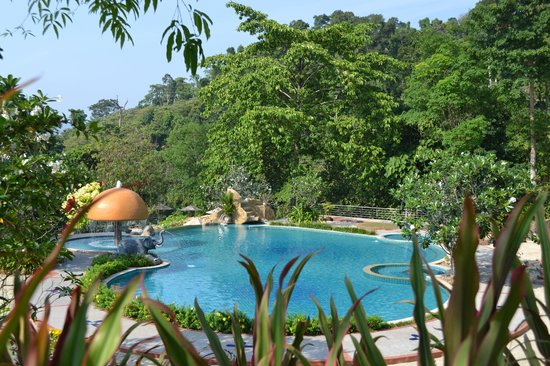 Sea View Resort & Spa Koh Chang: Upper infinity pool